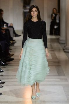 Carolina Herrera Fall 2016 Collection | POPSUGAR Fashion