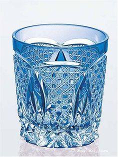 Kagami-Crystal-Edo-Kiriko-traditional-craftsman-Kimura-Akio-rock-glass
