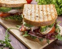 Sandwich au poulet, à l'avocat et au bacon Ingrédients