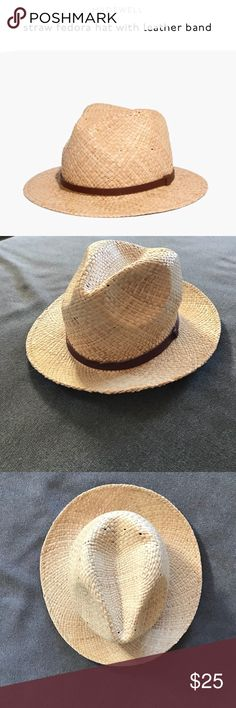 Madewell Straw fedora hat with leather band Madewell Straw fedora hat with leather band in size S/M. Lightly used. Not smoking home. Super cute! Madewell Accessories Hats