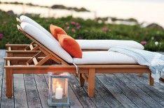 Sunbrella throw provide a comfortable beachside getaway.