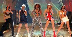 spice girlsNa década das mega-estrelas teen, nada mais representativo que as Spice Girls. A única girl band realmente legal no paraíso das boy bands. Em apenas 3 discos (ok, só 2 são realmente legais) elas dominaram o mundo pop nos últimos anos da década e são lembradas com carinho até hoje!