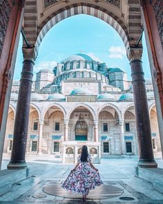Istanbul, Turkey with Jiayi Wang Romantic Destinations, Amazing Destinations, Travel Destinations, Cool Places To Visit, Places To Travel, Dubai, Voyager Loin, Istanbul Travel, Travel Inspiration