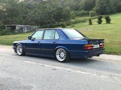 Owne E28 Bmw, Bmw Alpina, True Car, Bmw Vintage, Bmw Classic Cars, Bmw Series, Bmw Cars, Plein Air, Motorcycles