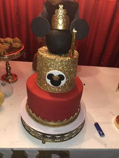 Mickey First Birthday, Minnie Mouse Birthday Cakes, Mickey Mouse Baby Shower, 1st Birthday Parties, Bolo Mickey, Mickey Cakes, Mickey Mouse Cake, Royal Party, Mickey Party