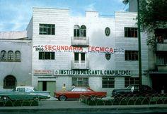 """""""El Instituto Mercantil Chapultepec, que se ubicaba en la Calzada de Tacubaya, ahora el Circuito Interior José Vasconcelos, entre las calles de Alumnos y Fernando Montes de Oca, allá por el año de 1965."""""""