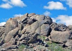 Winnemucca Petroglyphs: Oldest Rock Art in North America