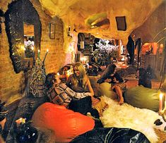 groovy cave interior with foam stalagmites Living For Today is book that covered interior design in the 1972 Interior Design Books, Book Design, Interior Decorating, Set Design, Interior Ideas, Modern Interior, Bean Bag Lounge, Bean Bag Chair, Art Nouveau