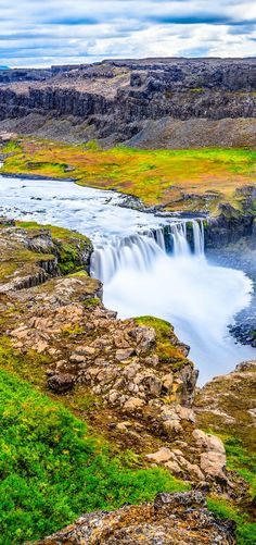 The 15 Best Waterfalls in Iceland - Avenly Lane Travel - http://www.avenlylanetravel.com/the-15-best-waterfalls-in-iceland/