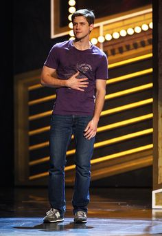2009 Tony Awards- this captures THE precise moment when my crush on Aaron Tveit began; when I finally put a face with the amazing voice on the Next to Normal soundtrack.