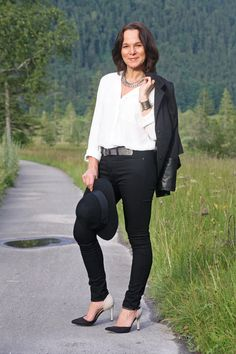 Black skinnies and fedora hat | Lady of Style