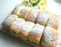 Finom bukta | TopReceptek.hu Turkish Breakfast, Hot Dog Buns, Baked Goods, Banana Bread, Diy And Crafts, Food And Drink, Cooking Recipes, Baking, Cake