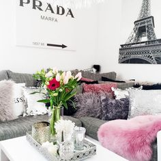 fashionhippieloves-living-room-couch-pillows