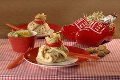 De zak van Sinterklaas: Recept voor pannenkoeken gevuld met wat lekkers. Verras de kids met dit leuke Sinterklaas recept. Kijk hier verder!