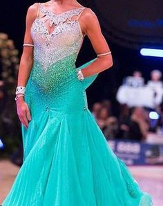Love the colour & stoning of the bodice