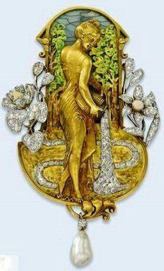 Art Nouveau Plique-à-jour Enamel, Diamond, Pearl, and Gold Maiden Waterbearer Brooch