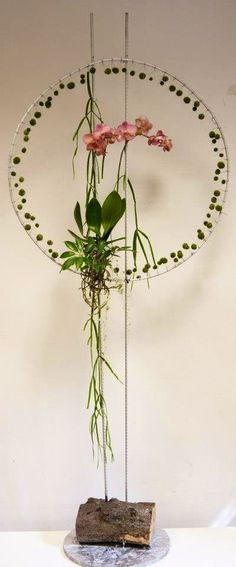 Light and airy Ikebana Arrangements, Floral Arrangements, Art Floral, Flower Show, Flower Art, Flower Structure, Flora Design, Floral Bouquets, Flower Decorations