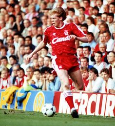 Steve Staunton made his Liverpool debut in September 1988 and went on to rack over 100 appearances for the Republic of Ireland.