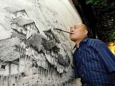 Un artiste chinois utilise sa bouche et ses pieds pour réaliser de magnifiques peintures