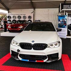 76 вподобань, 2 коментарів – BMW® (@bmwrldua) в Instagram: «The all new #M5F90 with Performance Parts Location: #semashow2017 Photo by @darkknightm4 Tag us…»