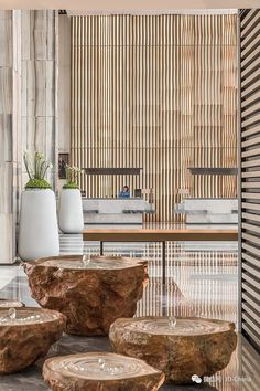 When it comes to getting a hotel ready to greet its guests, a lobby design is a tell-all. The entrance to a brand new world of luxury, these luxurious hotel lob Lounge Design, Hotel Lobby Design, Hotel Bathroom Design, Hotel Lounge, Lounge Chair, Lobby Lounge, Home Design, Design Ideas, Interior Design