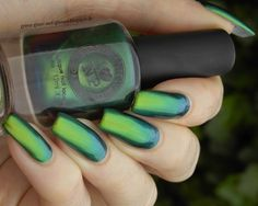 Green, Glaze & Glasses: I Love Nail Polish - Reminisce