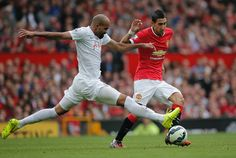 Angel di María is proving to be a menace. QPR can't cope with his pace and the directness of his play ♥