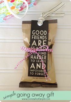 Super Gifts For Friends Moving Away Diy Party Ideas Ideas Farewell Gifts For Friends, Farewell Parties, Best Friend Gifts, Best Gifts, Friend Moving Away Gifts, Goodbye Gifts For Coworkers, Farewell Gift For Coworker, Sister Gifts, Leaving Party