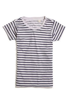 I want to break out all my blue and white striped t-shirts for Yacht Week. - Madewell-Striped-Skargorn-Tee_68