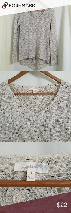 Mystree cream knit sweater metallic silver high lo Mystree brand skit sweater. Ivory / Cream, marled knit with black, gray, and metallic silver threads. Super pretty, looser knitted design at the back. High low hem.  Size small. Great condition. Mystree Sweaters Crew & Scoop Necks