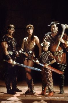 Red Sonja - Promo shot of Arnold Schwarzenegger, Brigitte Nielsen, Paul L. Smith & Ernie Reyes, Jr.