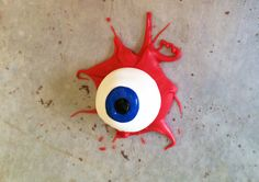 How to Make Eyeball Cake Pops, a Spooktacular Halloween Treat Tutorial on Cake Central