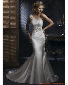 2013 Elegantes Brautkleid aus Satin Einschulterträger und verzierte Schulterträger Bodenlanger Rock mit Schleppe