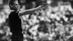 Pelé é assassinado durante a Copa do Mundo em trailer do novo Wolfenstein - http://showmetech.band.uol.com.br/pele-e-assassinado-durante-copa-mundo-em-trailer-novo-wolfenstein/