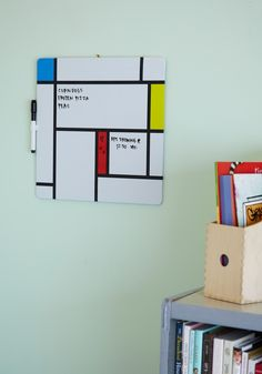 Make your work board more organized with this De Stilj inspired DIY board!