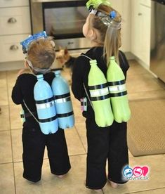 Do you procrastinate when it comes to Halloween costumes? Here are 10 last minut… Do you procrastinate when it comes to Halloween costumes? Here are 10 last minute DIY kids halloween costumes ideas using many things you already have Meme Costume, Boy Costumes, Costume Ideas, Beach Costumes, Kids Costumes Boys, Carnival Costumes, Costume Makeup, Diy Halloween Costumes For Kids, Halloween Party