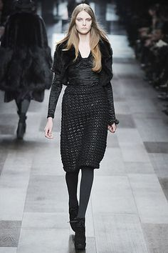 Burberry Prorsum Fall 2009 Ready-to-Wear Collection Slideshow on Style.com