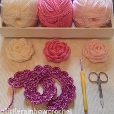 Thanks @keriscrafts for the tag  #widn I'm making some more crochet roses this morning for brooches & hair clips  I tag @melblackwell7 @crafty_smikk if you would like to play along. #widn #crocheting #crochetroses  #littlerainbowcrochet by littlerainbowcrochet