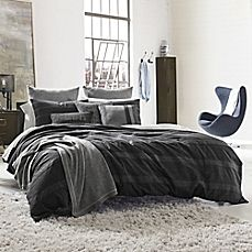 image of Kenneth Cole Reaction Home Obsidian Reversible Duvet Cover in Black
