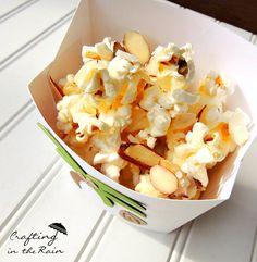 die besten 25 low calorie popcorn ideen auf pinterest kalorien popcorn popcorn rezepte und. Black Bedroom Furniture Sets. Home Design Ideas
