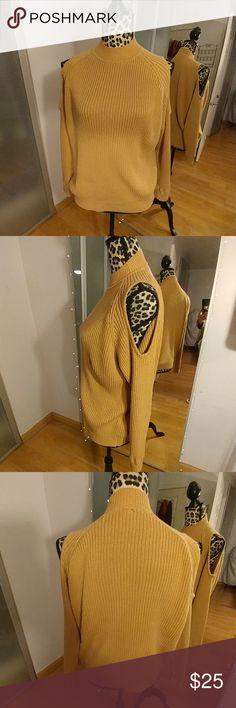 Crew neck sweater with open shoulders Open shoulder sweater in good condition worn twice. Tops Sweatshirts & Hoodies