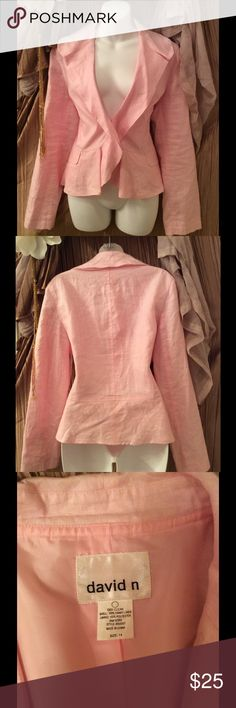 DAVID N Blazer This Beautiful Blazer is in Excellent used condition! No stains or rips. Very pretty in person! ❤️ DAVID N Jackets & Coats Blazers