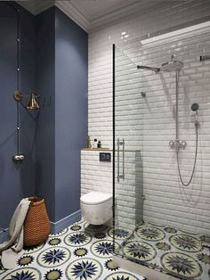 Simple Small Bathroom Decor Brings The Ease Inside Of It! 2019 Contemporary small bathroom interior ideas The post Simple Small Bathroom Decor Brings The Ease Inside Of It! 2019 appeared first on Bathroom Diy. Small Bathroom Interior, Master Bathroom, Basement Bathroom, Bathroom Small, Navy Bathroom, Bathroom Remodeling, Remodel Bathroom, Colourful Bathroom Tiles, Bathroom Colors