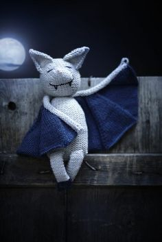 Happy knit bat from Martha Stewart