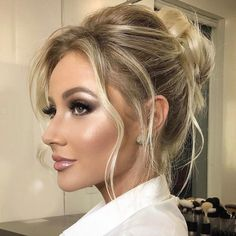 Amazing Wedding Makeup Tips – Makeup Design Ideas Fresh Wedding Makeup, Wedding Hair And Makeup, Hair Makeup, Bridal Makeup For Blondes, Eye Makeup, Party Makeup, Makeup Brush, Braut Make-up, Bride Makeup