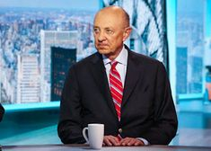 [title Former CIA director says he believes UFOs could exist after pal\'s aircraft was \'PAUSED at 40,000ft\'] [excerpt]AFORMER CIA director says he believes UFOs could exist after his pal's aircraft was ...paused at 40,000 feet....R. James Woolsey, 79, shared his friend's story and said he hopes humanity would be friendly to aliens if they ever made contact.[/excerpt] [tags Politics,US,UK,Top,News,Former CIA director says he believes UFOs could exist after pal\'s aircraft was \'PAUSED at 40,000 Norway News, Top News, Ufo, Aliens, Believe, Aircraft, Politics, Tags