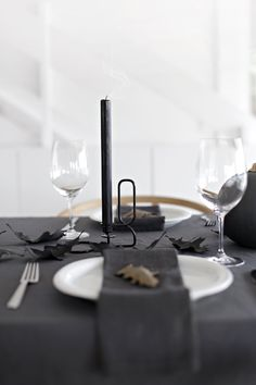 Simple lunch table setting | Stylizimo - Table setting | Pinterest ...