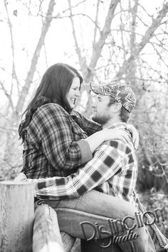 Cutest Country Engagement Session by Distinction Studio based out of Spokane WA . - Cutest Country Engagement Session by Distinction Studio based out of Spokane WA but available for t - Couple Photoshoot Poses, Couple Photography Poses, Engagement Photography, Engagement Session, Travel Photography, Engagements, Winter Engagement Photos, Engagement Photo Outfits, Engagement Pictures
