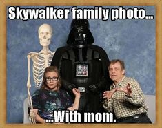 Funny pictures about Skywalker Family Portrait. Oh, and cool pics about Skywalker Family Portrait. Also, Skywalker Family Portrait photos. Prequel Memes, Star Wars Jokes, Star War 3, Memes Of The Day, The Mentalist, Comic, Love Stars, Star Wars Art, Actors