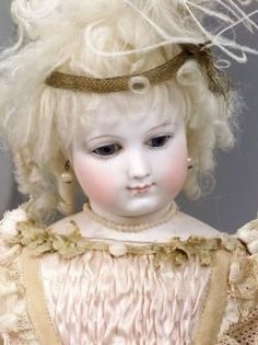 Early French Bisque Head Lady Doll | Sale Number 2227, Lot Number 1773 | Skinner Auctioneers